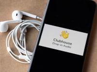 אפליקציית קלאבהאוס / צילום: Shutterstock, Boumen Japet