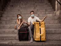 צעירים נשארים לגור עם הוריהם / צילום: Shutterstock