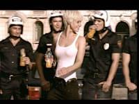 """קמפיין משקה תפוזינה / צילום: יח""""צ"""