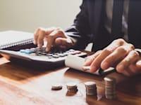 מה עדיף: שכר גבוה או תפקיד טוב? / צילום: Shutterstock, Akira Kaelyn