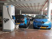 הטענת רכבים חשמליים בישראל / צילום: Shutterstock