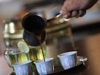 קפה במסעדת עזבה / צילום: מינרווה דאוד