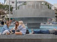 בתי קפה , ברים, מסעדות כיכר דיזנגוף תל אביב / צילום: כדיה לוי