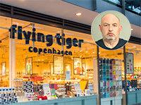 חנות של רשת פליינג טייגר בקופנהגן. בעיגול: הראל ויזל / צילום: דימה טליאנסקי, shutterstock