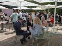 אורחות ואורחי הוועידה. שמחים להיפגש, למרות הפקקים / צילום: כדיה לוי