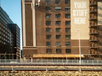 מרכז לאחסון חפצים פרטיים בניו יורק. במרכזים גדולים אפשר להשתמש בשטח ביעילות / צילום: Reuters, Richard B. Levine