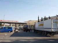 """מעבר הגבול באב אל האווה. המעבר היחיד שבו לאו""""ם מותר לעבור לסוריה כדי לספק סיוע הומניטרי / צילום: Reuters, Osman Orsal"""