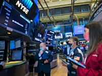סוחרים בבורסת ניו יורק / צילום: Associated Press, Courtney Crow/New York Stock Exchange