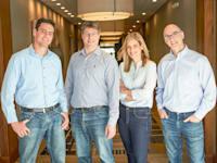 """מייסדי סאנביט : פרופ׳ תמיר חזן (מימין), אורנית מיזל, טל ריזנפלד וארד לברטוב / צילום: יח""""צ"""