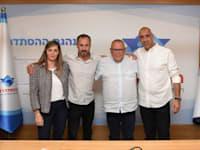 מימין: יחיאל שמן, ארנון בר-דוד, יקי חלוצי ולימור ליברמן לביא / צילום: אגף הדוברות בהסתדרות