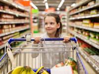 איך הולכים לקניות בסופר עם ילדים / צילום: Shutterstock, Syda Productions