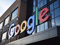 גוגל תיצור אזור פרטיות מיוחד, שם כל אפליקציה תהיה מחויבת להציג את ההרשאות בהן היא משתמשת / צילום: Shutterstock, Jay Fog