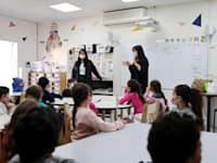 כיתה בישראל. הואריאנט ההודי מתפשט בעיקר בקרב קהלים צעירים / צילום: Reuters, Ronen Zvulun