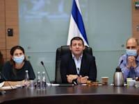 יו''ר ועדת הכספים אלכס קושניר, בדיון היום (ג') / צילום: נועם מושקוביץ, דוברות הכנסת