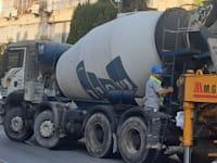 משאית בטון של חברת שפיר / צילום: גיא ליברמן