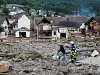 הרס רב בעירייה שולד בגרמניה בשל הצפות / צילום: Reuters, Wolfgang Rattay