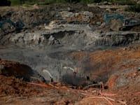 מכרה לבדיל / צילום: Reuters, Willy Kurniawan