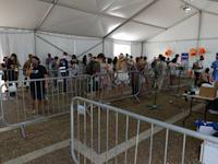 מתחם של בדיקות קורונה בכיכר רבין, ת''א / צילום: איל יצהר