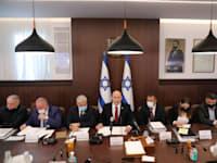 ישיבת הממשלה לאישור התקציב אתמול / צילום: Reuters, אביר סולטן