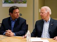הנשיא ביידן ומושל פלורידה רון דסאנטיס, בחודש שעבר / צילום: Reuters, Susan Walsh