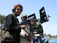 פטרול של כוחות טליבאן בעיר הראת במערב אפגניסטן, שבת / צילום: Reuters, STRINGER