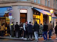 צעירים מבלים בברלין / צילום: Associated Press, Markus Schreiber