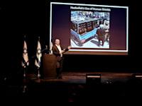 שר הביטחון בני גנץ בשיחה עם שגרירים שמוצבים בישראל / צילום: אריאל חרמוני, משרד הביטחון