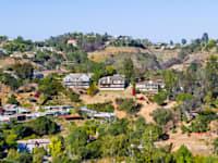 שכונת בל אייר בלוס אנג'לס. ''מירוץ חימוש'' של אחוזות-על גרנדיוזיות / צילום: Shutterstock, Sundry Photography