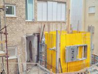 הוספת ממ''ד לבניין בראשון לציון במסגרת תמ''א 38 / צילום: Shutterstock