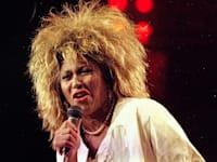 טינה טרנר מופיעה במדיסון סקוור גארדן בניו יורק באוגוסט 1985 / צילום: Associated Press, Ray Stubblebine
