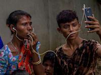 הינדים שנמלטו ממיאנמר במחנה פליטים בבנגלדש / צילום: Associated Press, Dar Yasin