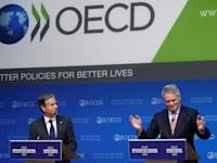 מזכיר המדינה האמריקאי אנטוני בלינקן ויו''ר ה-OECD מתיאס קורמן / צילום: Reuters