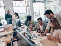 שיטת OKR. מחברת ומשלבת את כל הארגון יחד / צילום: Shutterstock, G-Stock Studio
