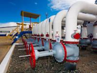 צינורות גז טבעי בחבל יאמאל שברוסיה / צילום: Shutterstock, Georgy Golovin