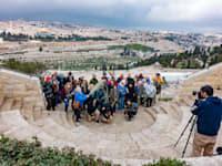 קבוצת תיירים בירושלים. סוכנים מחו''ל אומרים כי לא יוכלו לגבש תוכניות לשלוח לישראל תיירים ב־2022 / צילום: Shutterstock