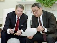 קולין פאוול עם רונלד רייגן, צילום מסוף שנות ה–80 / צילום: ויקיפדיה