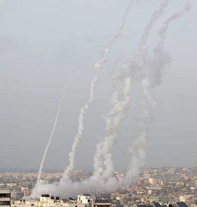 רקטות נורות מעזה / צילום: Reuters, מוחמד סאלם