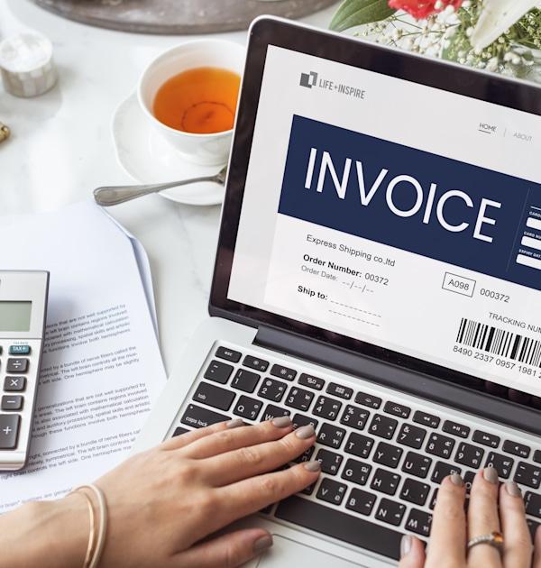 הנפקת חשבוניות מקוונות, לעצמאים נדרשת וודאות בנוגע לעלות השירות / צילום: Shutterstock