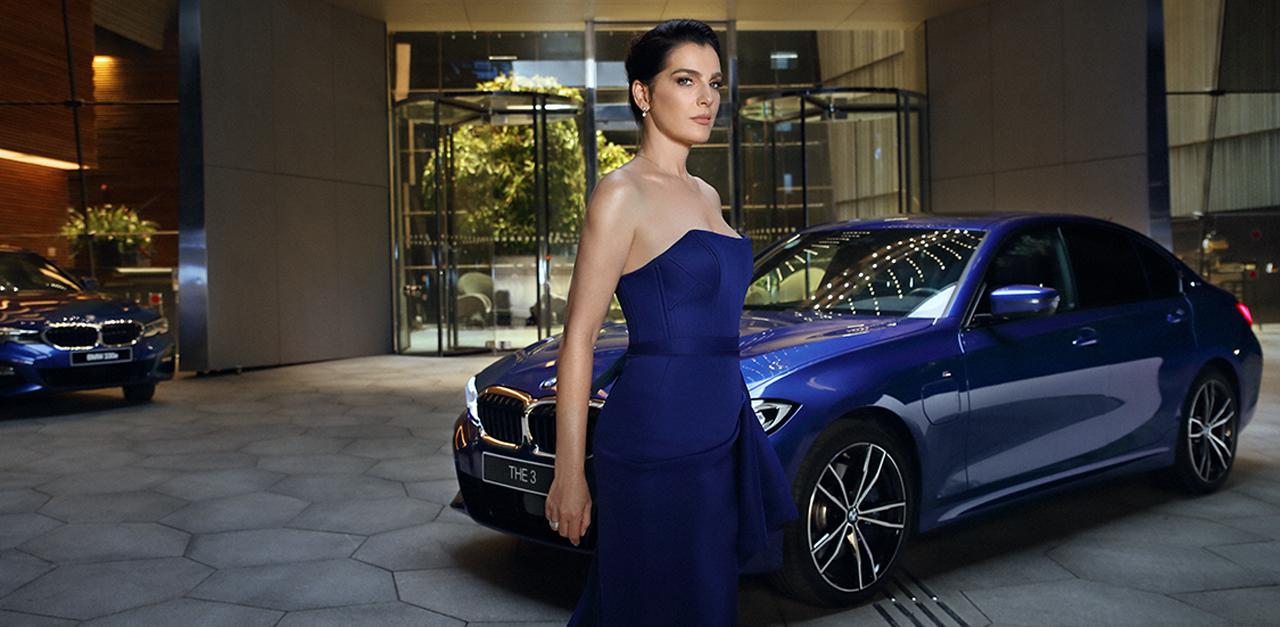 מתוך קמפיין של BMW סדרה 3 בכיכובה של איילת זורר / צילום: אייל נבו