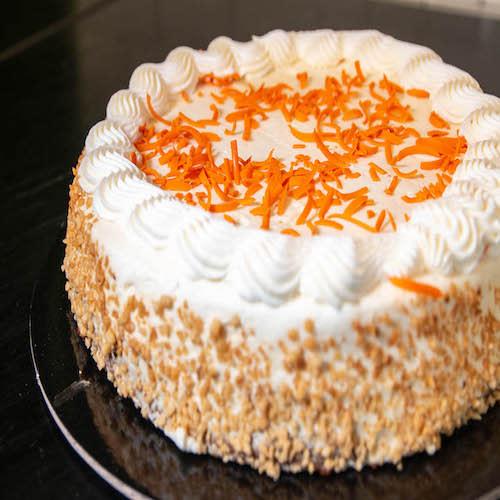 Pastel completo Carrot Cake (2.1 kg.)
