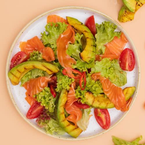Салат з лососем (290г)