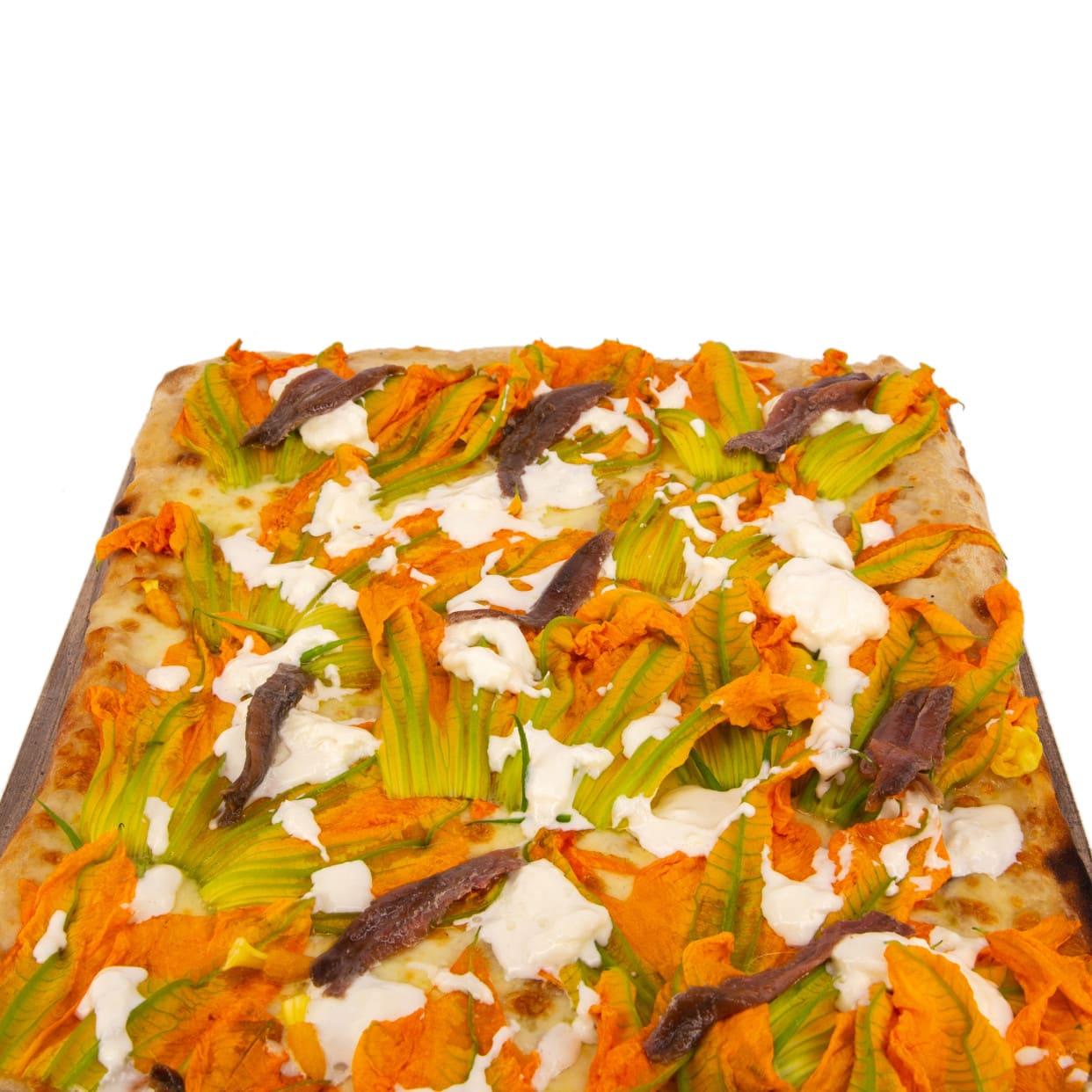 Pizza bianca fiori di zucca e alici - pala intera
