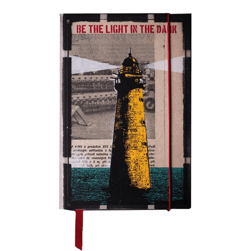 Agenda 2021 L - be the light in the dark