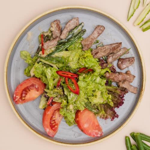 Салат з телятиною (260г)