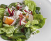 Салат зі свіжих овочів з соусом з гарбузового насіння
