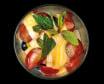 Salata de fructe cu iaurt cremos de vanilie