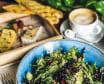 Салат з авокадо, кіноа та кедровим горіхом (215г)