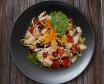 Salata od piletine s brusnicama i rižom + Pivo Karlovačko limenka 0,5l