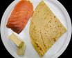 Crep de salmón ahumado y brie