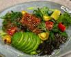Салат з вугром, кіноа, авокадо та міксом салатів (230г)